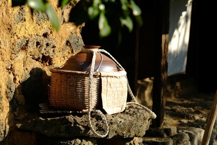 130-water-basket