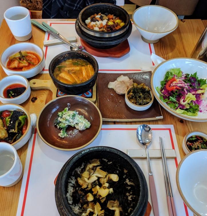 A rice hot pot meal near the Daepyeong-ri port.